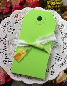 100 LIME GREEN  3 1/4 x 1 5/8 manila parcel tags by kawaiigoodies, $7.95  Great paper supplies!
