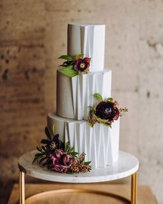 Paper Heart Patisserie's Architectural Inspired Wedding Cake ~ Just gorgeous! Thistle And Honey Floral Design; Charleton Churchill Photography #weddingcakes