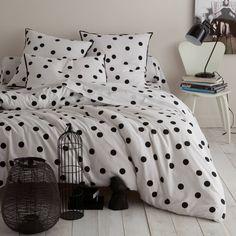 Housse de couette coton imprimé NOCTURNES. Nuée douce de flocons de nuit.. Ce bel imprimé NOCTURNES vous assure un sommeil paisible.