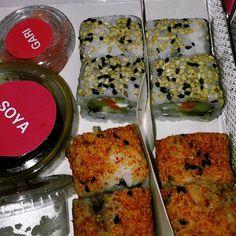 When Fresh Sushi is Delivered to Satisy Your Cravings · · ·  #foodporn #picoftheday #food #sushi #foodporn #nomnom #sushihaus #yummy #sushis #foodgasm #instagood #instalike #f52grams #followme #foodblogger #instafollow #sushitime #sodelhi #foodstagram #eeeeeats #foodtalkindia #delhi_igers #delhi_foodie #appetizingcity #delhifoodie #yummyinmytummy #igfood #instafood #instadaily #photooftheday
