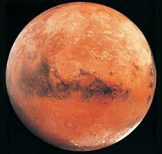 close up of mars  viacuriosity.discovery.com  http://t.co/w3bJjVbK  <~~ link to the mars science laboratory ( NASA jet propulsion laboratory )