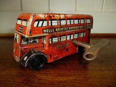 Vintage Tinplate Bus  .#Jorgenca