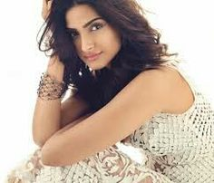The 66 Best Sonam Kapoor Images On Pinterest Bollywood Fashion