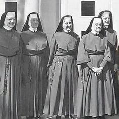 Siostry Miłosierdzia św. Augustyna (CSA)  Sisters of Charity of St. Augustine Hermanas de la Caridad de San Agustín Irmãs da Caridade de Sa...