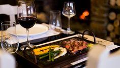 """Ο Δάμης Πειθής και η Φάρμα Μπράλου κάνουν δυναμική επανεμφάνιση στη γαστρονομική σκηνή Αθήνας και Θεσσαλονίκης, τόσο με δικά τους εστιατόρια όσο και με το νέο concept """"powered by Φάρμα Μπράλου""""."""
