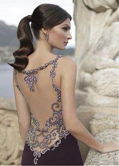 Side evening dress by Tarik Ediz - Evening Dresses Models Dresses Elegant, Fall Dresses, Pretty Dresses, Sexy Dresses, Prom Dresses, Formal Dresses, Wedding Dresses, Beautiful Gowns, Beautiful Outfits