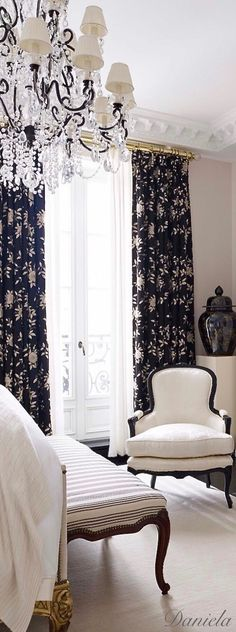Ralph lauren home bedroom dressers ideas Bedroom Green, Home Bedroom, Bedroom Decor, Bedroom Ideas, White Home Decor, Black Decor, French Apartment, Beautiful Home Gardens, Beautiful Homes
