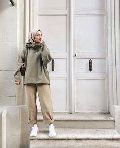 Hijab Fashion Summer, Modest Fashion Hijab, Modern Hijab Fashion, Street Hijab Fashion, Hijab Fashion Inspiration, Muslim Fashion, Mode Inspiration, Hijab Fashion Style, Asian Street Fashion