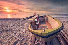 Fischerboot am Strand (Ahrenshoop / Darß)