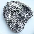 Il commence à faire froid et par conséquent il devenait urgent que je me tricote un petit bonnet bien chaud!Mon choix s'est porté sur le...