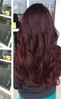 Beliebteste dunkelrote Haarfarbe Ideen Most popular dark red hair color ideas Plum Hair, Red Ombre Hair, Hair Color Dark, Cool Hair Color, Hair Colour, Eggplant Hair, Wine Hair, Rides Front, Fall Hair Colors