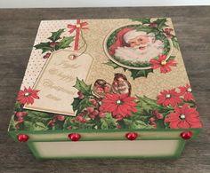 Caixa de presente de Natal. Christmas Decoupage, Decoupage Box, Screens, Ideas Para, Decorative Boxes, Scrap, Santa, Crochet, Diy