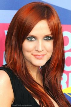 Wanna Have Red Hair Color? Try with these Celebrity Hairstyles