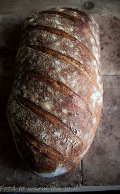 Chleb wiejski Tartine – food to warm the soul Bread Recipes, Cooking Recipes, Bread Rolls, Bread Baking, Bon Appetit, Bakery, Meals, Warm, Christmas Cakes