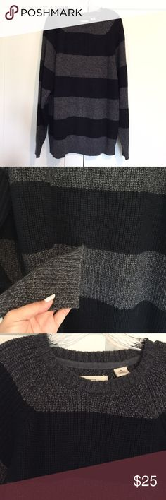 LOWEST! Men's Weatherproof Crewneck Sweater Not listed brand*. Super comfy crew neck sweater, has a stretch and is super flattering. Size XL. Brand is Weatherproof Vintage bought in NYC, made of acrylic. Worn once then just sat there since he has so many sweaters. No trades. J. Crew Sweaters Crewneck