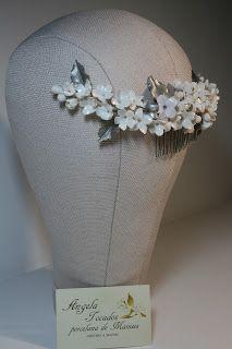 Tocados de novia. Joyería Cerámica. Flores de porcelana.