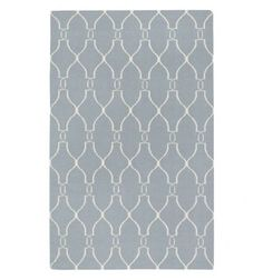I.O. Metro rug in light blue and ivory
