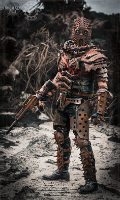 Hardened and cruel from living amongst wastes, this deeply twisted villain crafted his own armor from iron scraps. His evil deeds across the land have a. Post Apocalyptic Costume, Apocalyptic Fashion, Character Concept, Character Art, Apocalypse Character, Michael Rose, Dystopia Rising, Walking People, Post Apocalypse