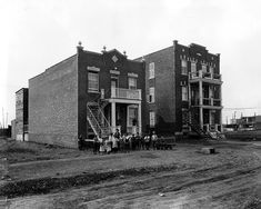 New triplex development, Montreal, QC, 1925 Quebec Montreal, Montreal Ville, Vintage Pictures, Old Pictures, Rue, New York Skyline, Past, Louvre, Street View