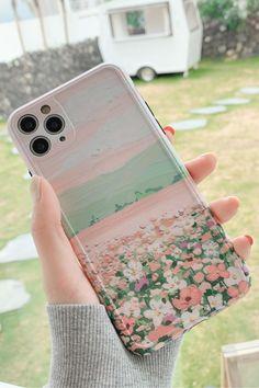 ✨ Girly Phone Cases, Art Phone Cases, Iphone Cases, Iphone 11, Design Floral, Art Design, Diy Phone Case Design, Aesthetic Phone Case, Mobile Cases