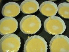 MAGDALENAS (Thermomix). Ver receta: http://www.mis-recetas.org/recetas/show/3651-magdalenas-thermomix