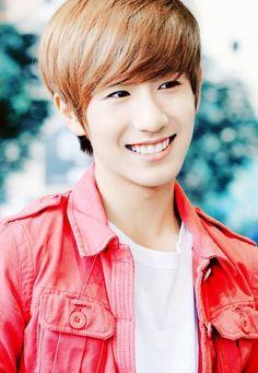 Minwoo. He's very photogenic