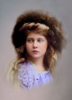 Princess Marie of Romania, future Queen of Yugoslavia. Victoria Family Tree, Old Photos, Vintage Photos, Romanian Royal Family, Princess Alexandra, Young Prince, Historical Women, Rare Pictures, Prince And Princess