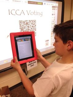 """Using QR Codes & Google Forms to vote for our fav Iowa Children's Choice books! #gafe #iowatl @IowaASL #lctitanhill"""