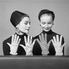 Models photographed by Nina Leen, 1952.