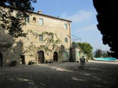 Property for sale in Le Marche Monsampietro Morico Italy - Country House > http://www.italianhousesforsale.com/property-italy-villa-romano-1749.html