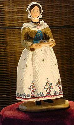 """a traditional Provence """"santon"""". as i have weared in my little childood, during the Provence' traditional """"Saint-Jean Feast"""" Provinces Of France, Homemade Dolls, Polymer Clay Figures, French Fabric, Historical Clothing, Christmas Traditions, Antique Dolls, Doll Toys, 18th Century"""