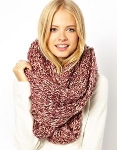 """This scarf (""""snood"""") is so cozy! Cute Scarfs, Fashion Beauty, Womens Fashion, Fashion Plates, Passion For Fashion, Dress To Impress, What To Wear, Winter Fashion, Cool Outfits"""