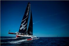 Rolex Middle Sea Race – Maserati Multi70 catches up with Phaedo3
