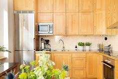 Kungsholms strand 169 - Erik Olsson fastighetsförmedling Decor, Kitchen Cabinets, Cabinet, Home Decor, Kitchen
