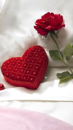Perfect Way to Wake Up ♡ My Perfect Valentine's Day #PANDORAvalentinescontest