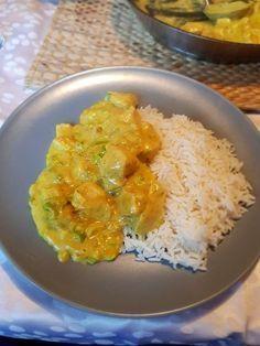 Hähnchen-Curry, ein sehr leckeres Rezept aus der Kategorie Geflügel. Bewertungen: 337. Durchschnitt: Ø 4,6.