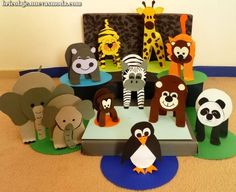 Een hele dierentuin vol! Paper Roll Crafts, Cardboard Crafts, Paper Crafting, Animal Crafts For Kids, Toddler Crafts, Art For Kids, Diy Pop Up Cards Birthday, Le Zoo, Diy Quiet Books