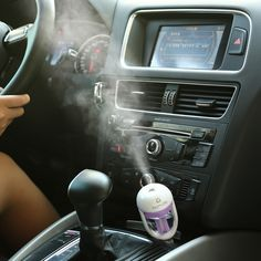 WhitePoplar Car Aromatherapy Essential Oil Diffuser 50ml Air Purifier Cool Mist Aroma Humidifier Travel Size Air Fresh Purify for Car(Purple)