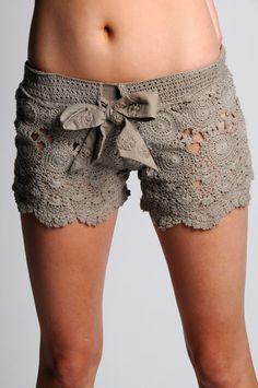 Outstanding Crochet: Something borrowed. Crochet shorts. Pattern. http://outstandingcrochet.blogspot.ca/2011/10/something-borrowed-crochet-shorts.html