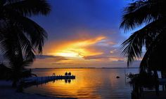 Key West Sunset Times - See our famous Key West Sunset Celebration . Florida Keys, Wonderful Places, Beautiful Places, Key West Sunset, Beautiful Sunrise, Happy Weekend, Friday Weekend, Outdoor Life, Natural Wonders