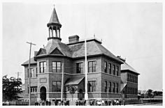 Ottawa Canada, Public School, Old Pictures, Ontario, Urban, Mansions, History, House Styles, Schools