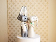 Bunny Rabbit Hochzeitstorte Topper  graue von BonjourPoupette