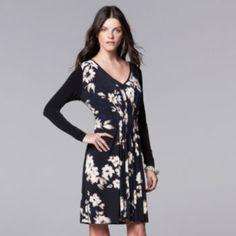 Petite Simply Vera Vera Wang Pleated Floral Shift Dress