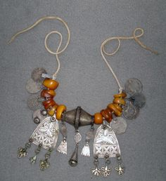 Africa | Berber amber and silver necklace © Ayis on Ethnic Jewels