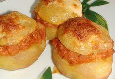"""arta culinara: Cartofi a la """"Bologna"""". Quiche Muffins, Hungarian Recipes, Hungarian Food, Food 52, Bologna, Baked Potato, Menu, Lunch, Vegetables"""