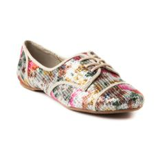 Shop for Womens Not Rated Siena Flat in Cream at Journeys Shoes. Shop today for the hottest brands in mens shoes and womens shoes at Journeys.com.Head turning saddle style oxford from Not Rated, the Siena flat features a vintage floral print fabric upper neatly covered in a layer of shiny sequins. Features canvas seam detailing and lace closure.