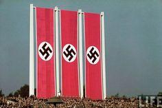 THE COLOUR OF THE NAZI FLAG