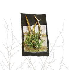 ...PoorWoodBroche: clavos antiguos dorados al mixtión, tela reciclada teñida con óxido, hilos, cuero... Textiles, Terrarium, Home Decor, Fabric Ribbon, Ribbons, Leather, Terrariums, Decoration Home, Room Decor