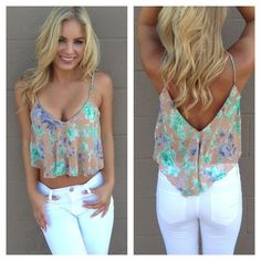 Lilac Floral Crop Top, white jeans, blonde hair, summer outfit, spring outfit ☮ re-pinned by http://www.wfpblogs.com/author/southfloridah2o/