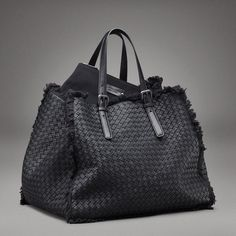 North Fashion: CURRENT CRAVING: BOTTEGA VENETA TOTE BAG